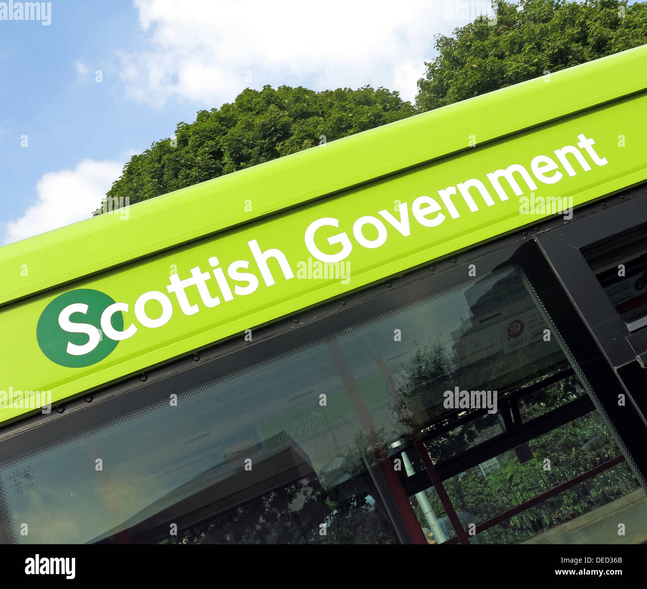 The,Scottish,Parliament,Government,in,Edinburgh,which,would,be,home,of,an,independent,Scotland,GB,great,Britain,United,Kingdom,referendum,2014,Sep,September,free,nation,sovereign,Holyrood,democratically,elected,body,referendum,pro-independence,National,Party,proindependence,pro,independence,SNP,bus,gotonysmith,Pàrlamaid,na,h-Alba,Alba,devolved,national,unicameral,legislature,of,solo,vote,voting,freedom,free,MSP,MSPS,act,1998,Acts,of,Union,act,national,nationalistic,fascist,north,south,debate,green,lothian,buses,public,transport,vehicle,EH99,1SP,EH991SP,Horse,Wynd,tourist,tourism,travel,tour,destination,Tour,tourist,tourism,tourist,attraction,Scotland,Capital,City,Scots,Scottish,icon,iconic,@Hotpixuk,HotpixUk,Buy Pictures of,Buy Images Of,Tourist Attraction,city Centre