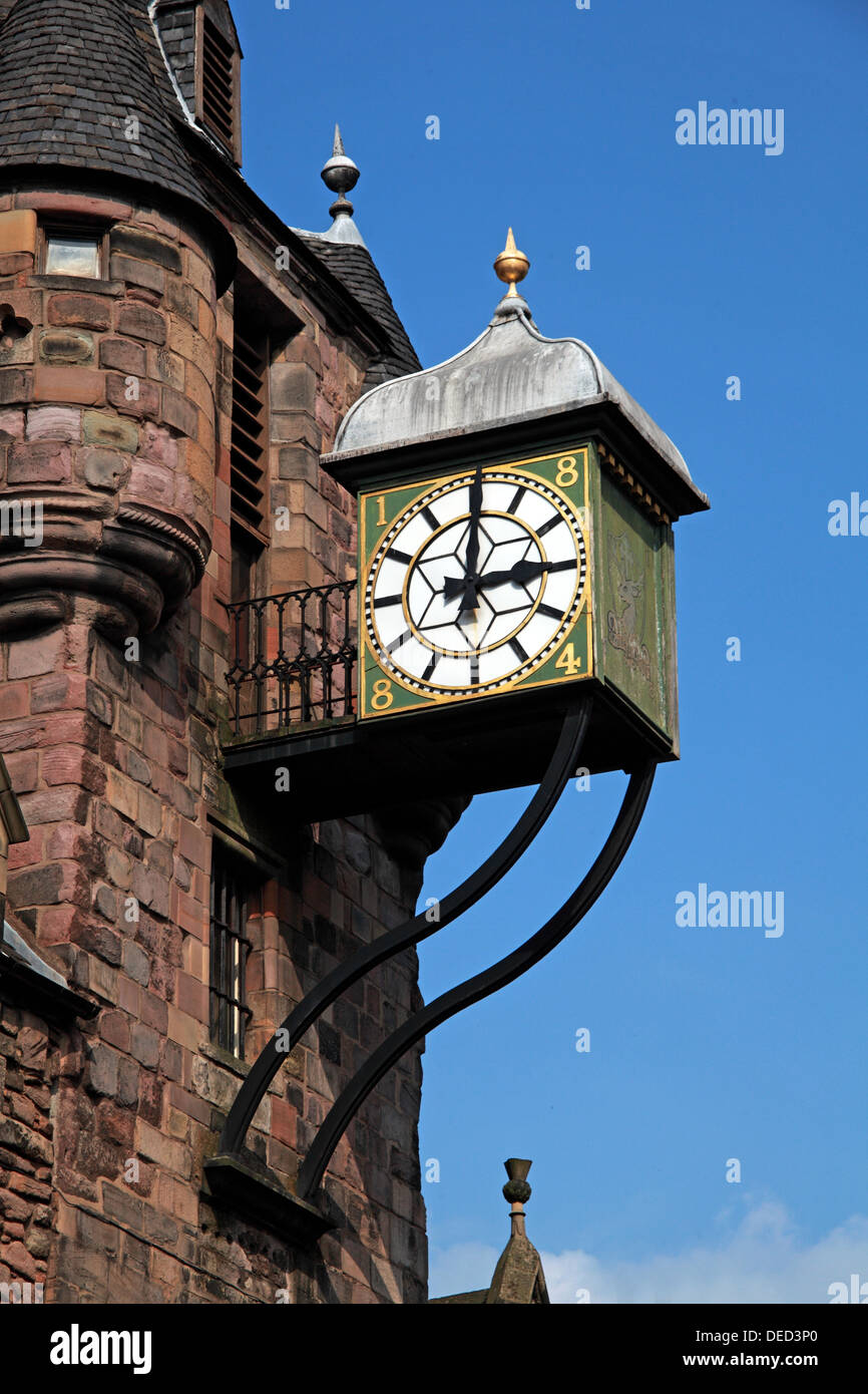 EH1,Scottish,Scot,scots,independance,independence,3,3oclock,three,3am,3pm,oclock,o,clock,municipal,street,st,Tolbooth,clock,tower,Canongate,High,St,Royal,Mile,highst,highstreet,green,clockface,clockfaces,historic,with,ornate,roof,of,lead,Gotonysmith,tourist,tourism,travel,traveller,destination,thing,to,see,building,architecture,classic,old,buildings,close,closeup,close-up,up,shot,image,telephoto,Buy Pictures of,Buy Images Of