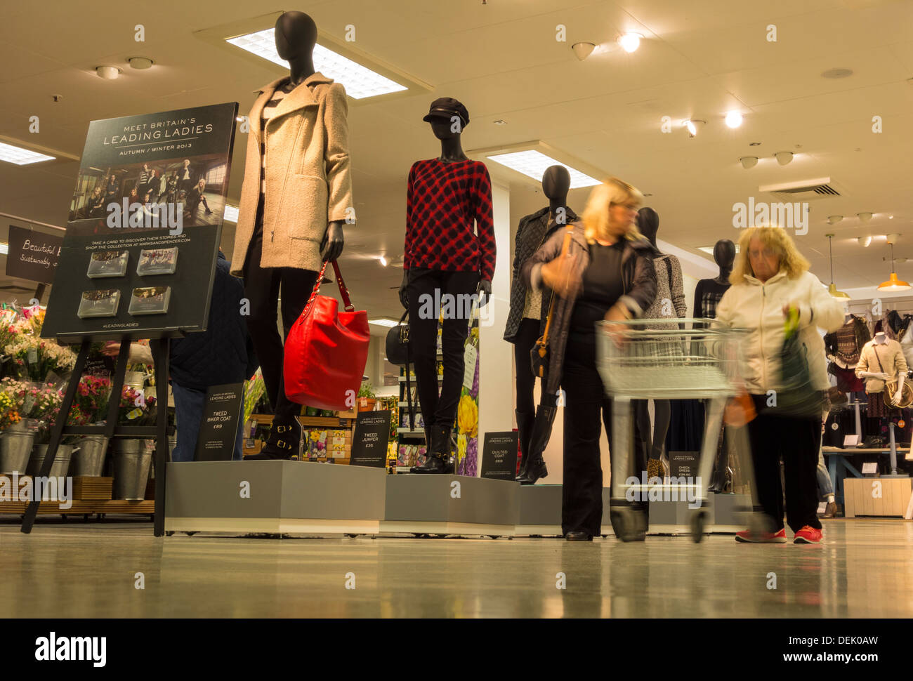 Marks And Spencer Store Uk Stock Photos Amp Marks And