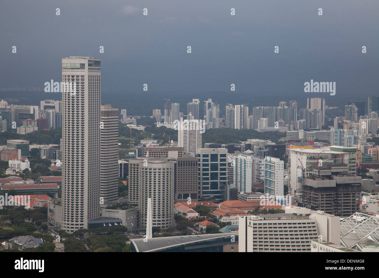 Singapur Singapore city sea buildings offices modern landscape panoramic Asia lighting cold bay architecture - Stock Image