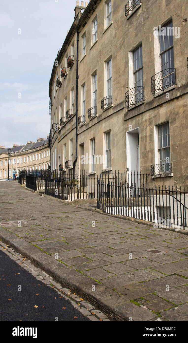 lansdown-crescent-bath-somerset-england-uk-DF8MRC.jpg