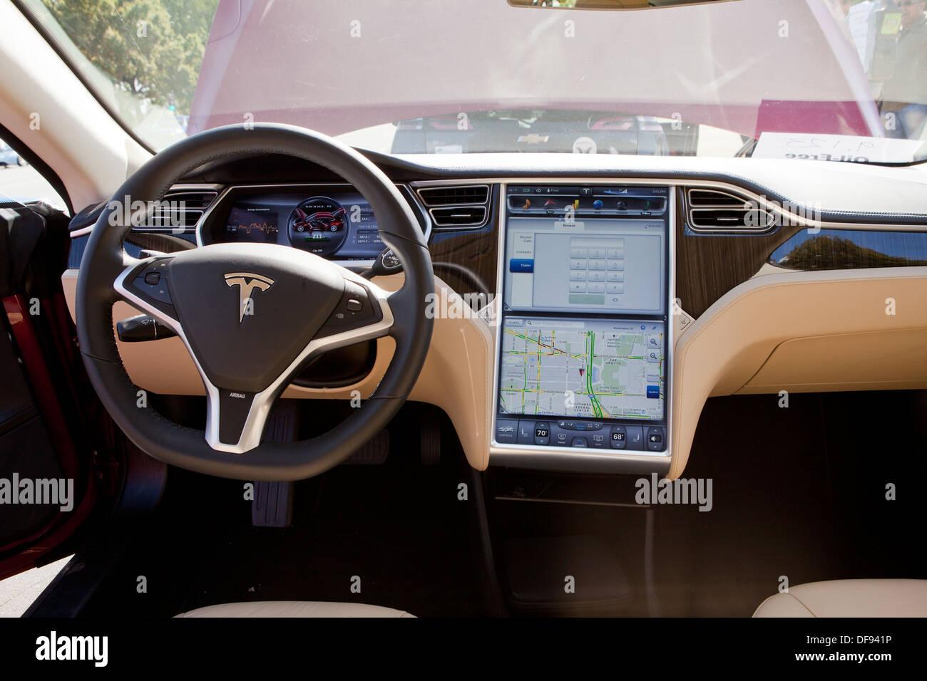 Tesla Model S electric car interior Stock Photo: 61051698 - Alamy