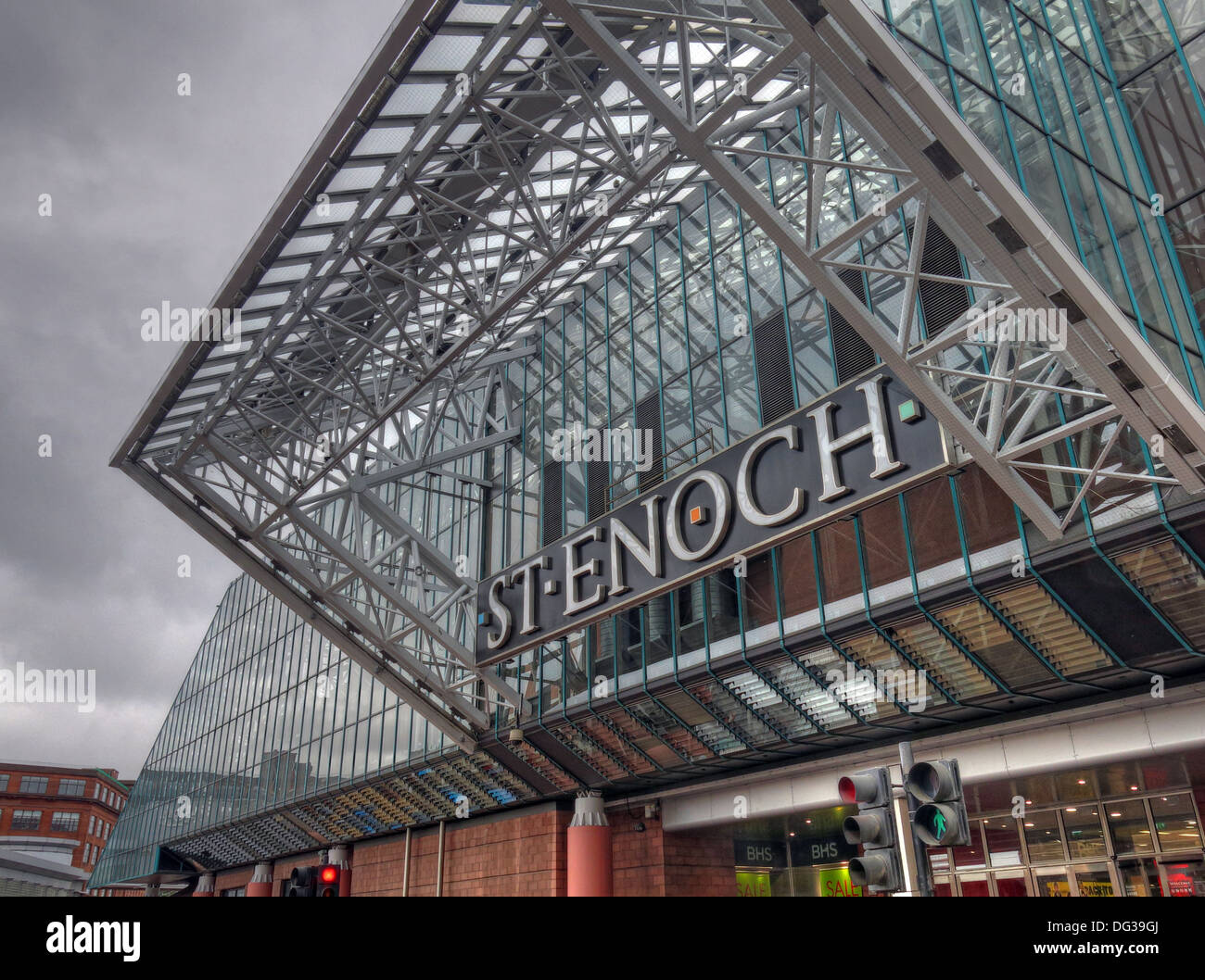 55 St Enoch Square,Glasgow,Scotland,UK,G1,4EQ,G14EQ,saint,shop,shops,mall,GMW,Architects,Sir,Robert,McAlpine,station,Argyle,Street,architectural,critics,architecture,glass,roof,eco,eco-friendly,ecofriendly,largest,glass-covered,enclosed,area,in,Europe,Greenhouse,Scott,Lithgow,Gotonysmith stenoch stenochs canopy entrance conservatory,Buy Pictures of,Buy Images Of
