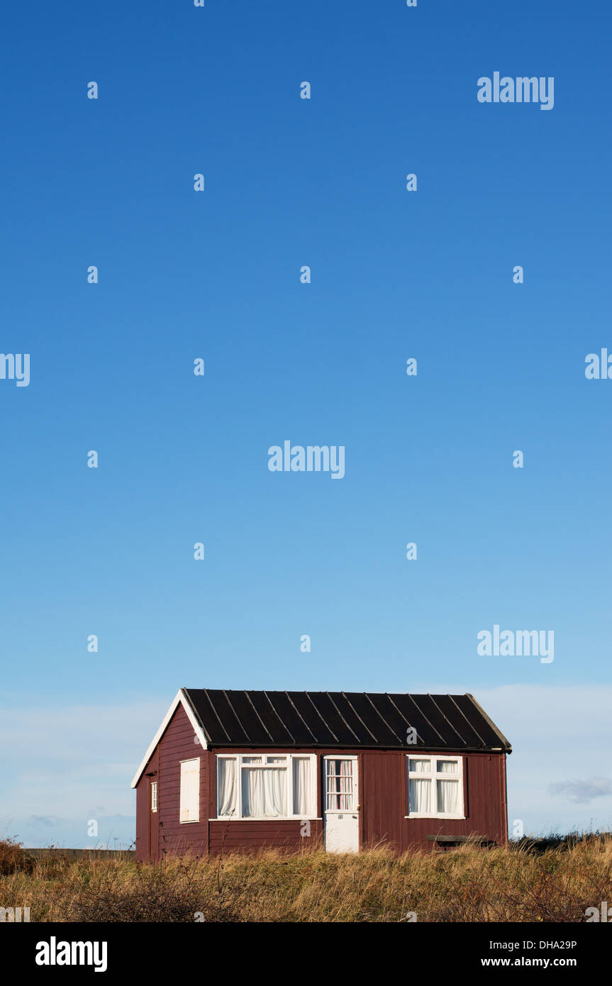 beach-hut-low-newton-by-the-sea-northumb