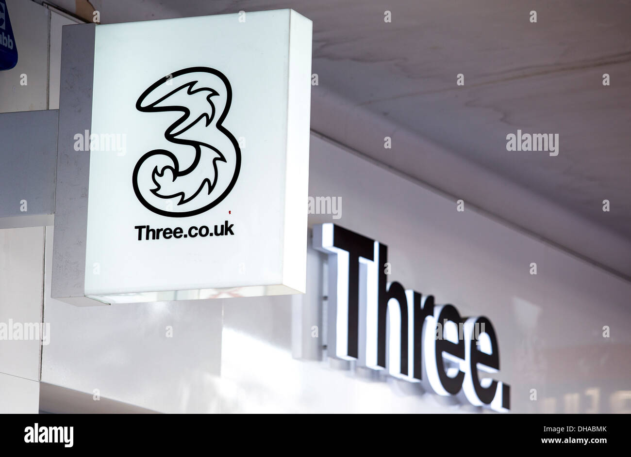 04/11/2013 Three. Mobile phone shop sign. London, UK Stock Photo