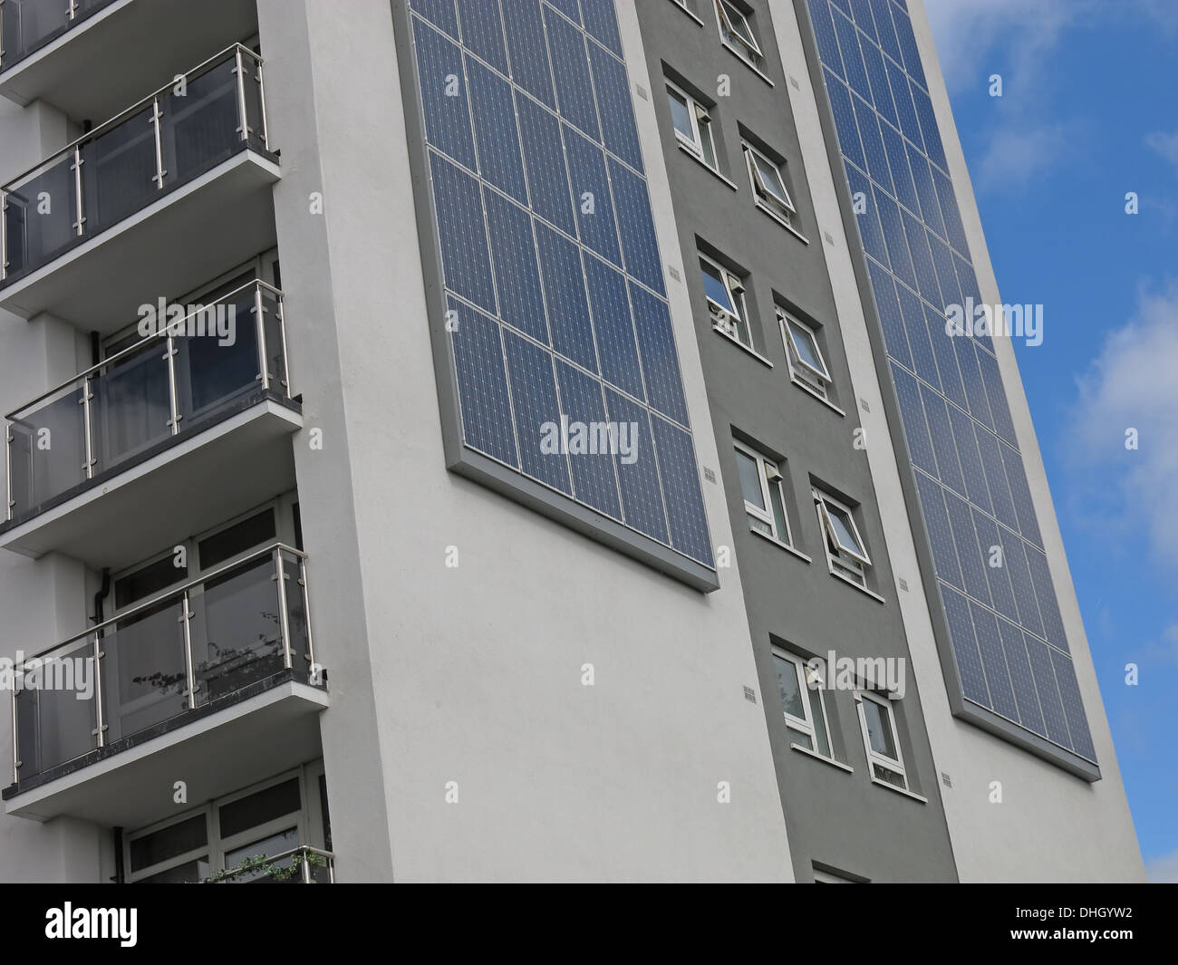 West,Midlands,England,UK,WS42AF,WS4,2AF,flat,flats,high,rise,highrise,ecological,Traditional,tower,block,turns,whg,design,beacon,housing,group,RSL,social,landlord,innovation,green,skyline,reduced,carbon,footprint,photo,voltaic,panels,photovoltaic,saving,savings,energy,bills,CESP,British,Gas,Butts,Gotonysmith,foot,print,tenant,tenants,resident,residents,bill,British,Gas,on,the,landmark,project,which,is,part,funded,by,the,national,Community,Energy,Savings,Programme,Chameleon,boards,landmark,insulation,SAP,rating,EPC,NHER,Upper,Forster,Street,efficiency,improvements,improvement,pioneer,deal,greendeal,retrofit,project,towerblock,concrete,construction,materials,Black,Country,Buy Pictures of,Buy Images Of,Black Country,Walsall Black Country