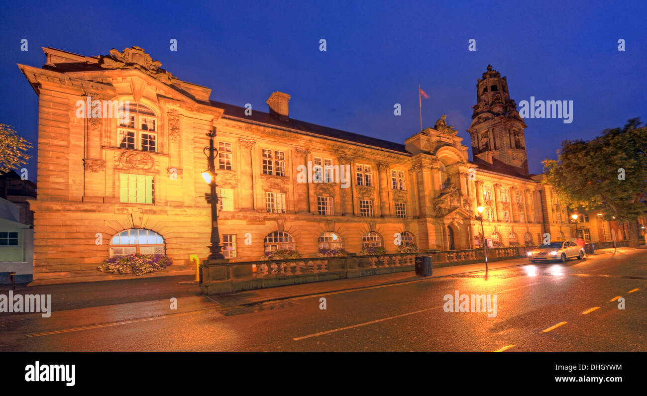 Council,House,WS1,1TW,WS11TW,West,Midlands,England,UK,GB,Great,Britain,Birmingham,nightshot,road,front,of,back,car,cars,Darwall,st,street,streets,whg,housing,group,urban,centre,townhall,lit,up,at,Metropolitan,Borough,local,government,district,unitary,authority,gotonysmith,Aldridge,Bloxwich,Brownhills,Darlaston,and,Willenhall,policing,fire,public,transport,A34,M6,j10,j11,10,11,junction,Black,Country,Buy Pictures of,Buy Images Of,Black Country,Walsall Black Country