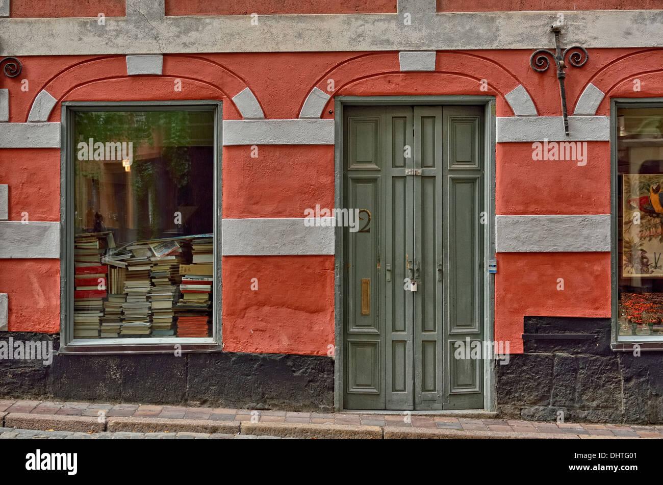bookseller-gamla-stan-old-town-stockholm-sweden-europe-gamla-stan-DHTG01.jpg