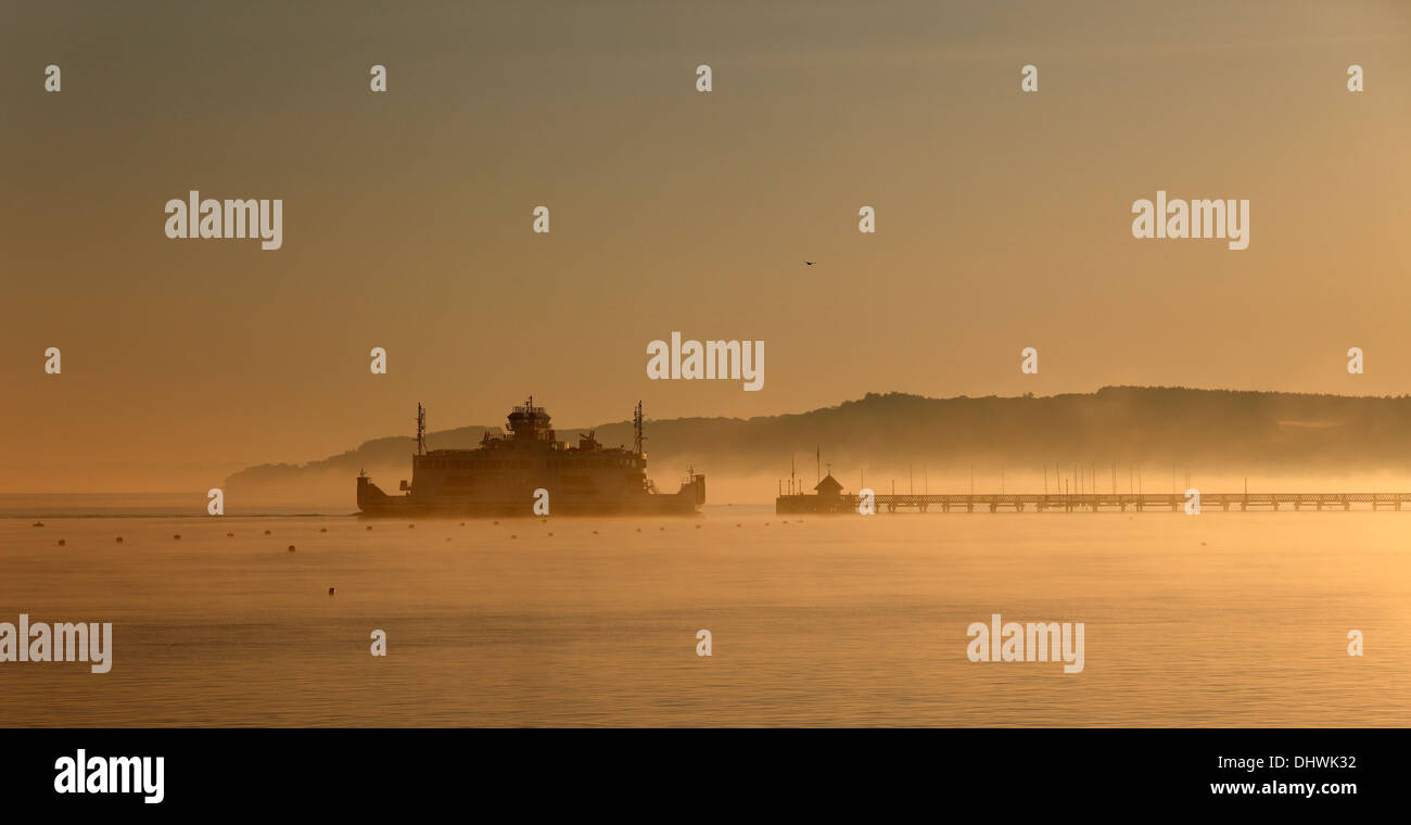 early-morning-wightlink-ferry-approaching-yarmouth-isle-of-wight-hampshire-DHWK32.jpg