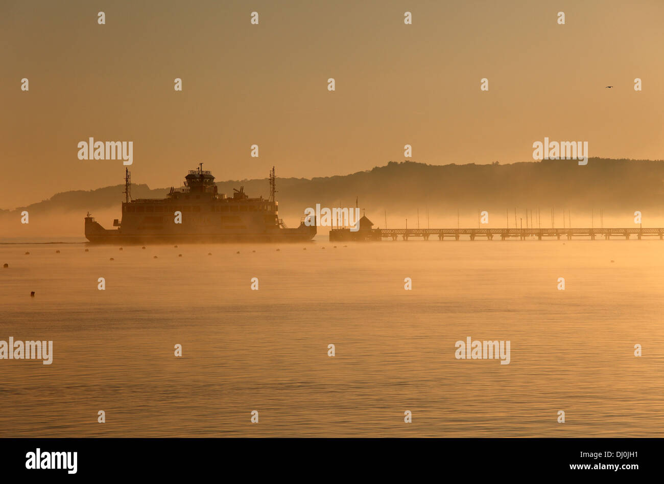 early-morning-wightlink-ferry-approaching-yarmouth-isle-of-wight-hampshire-DJ0JH1.jpg