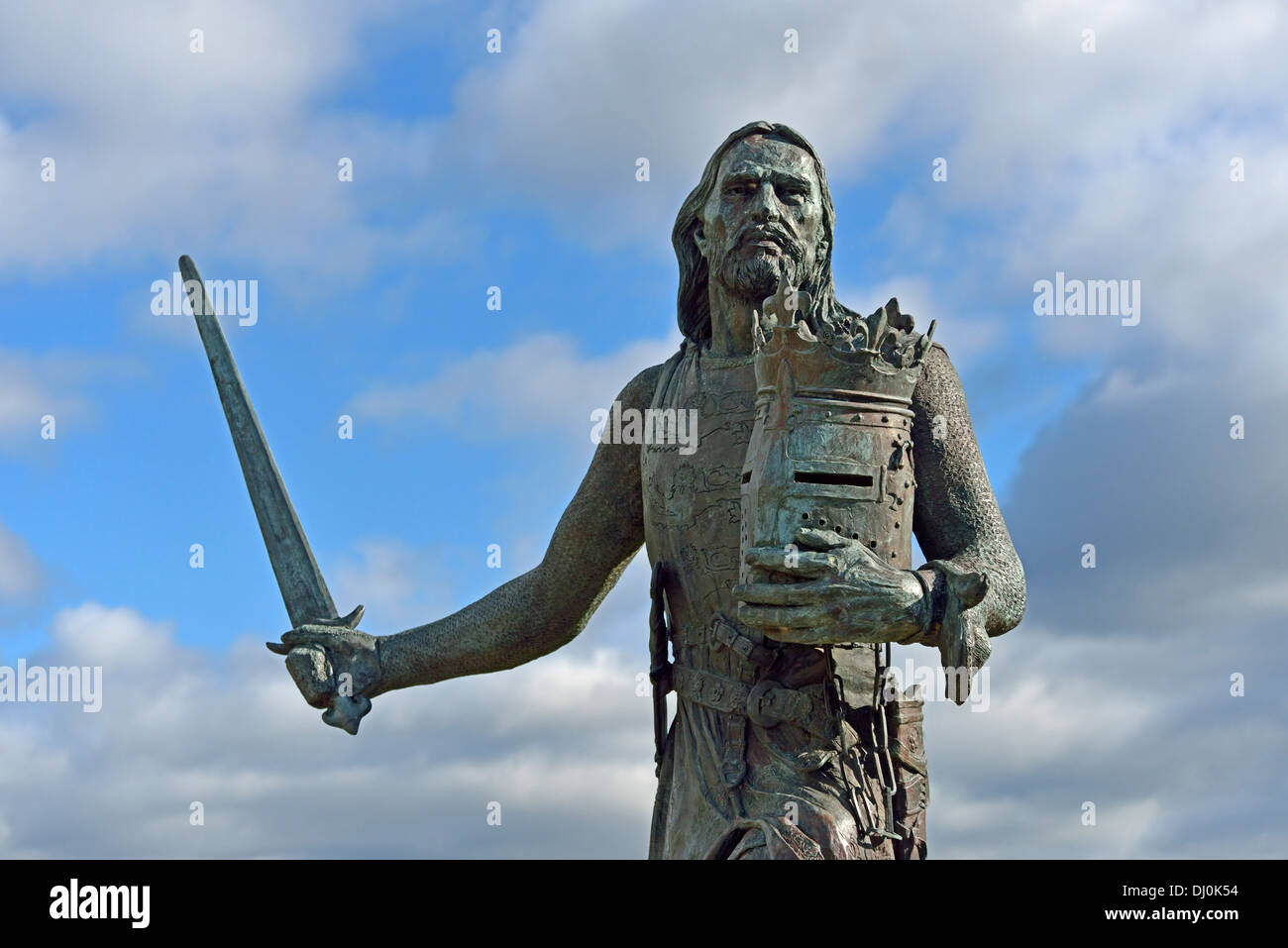 statue-of-king-edward-i-burgh-by-sands-cumbria-england-united-kingdom-DJ0K54.jpg