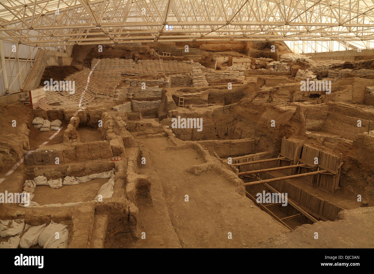 Catalhoyuk dating from 9,500 years, Cumra, Konya, central Turkey Stock Photo