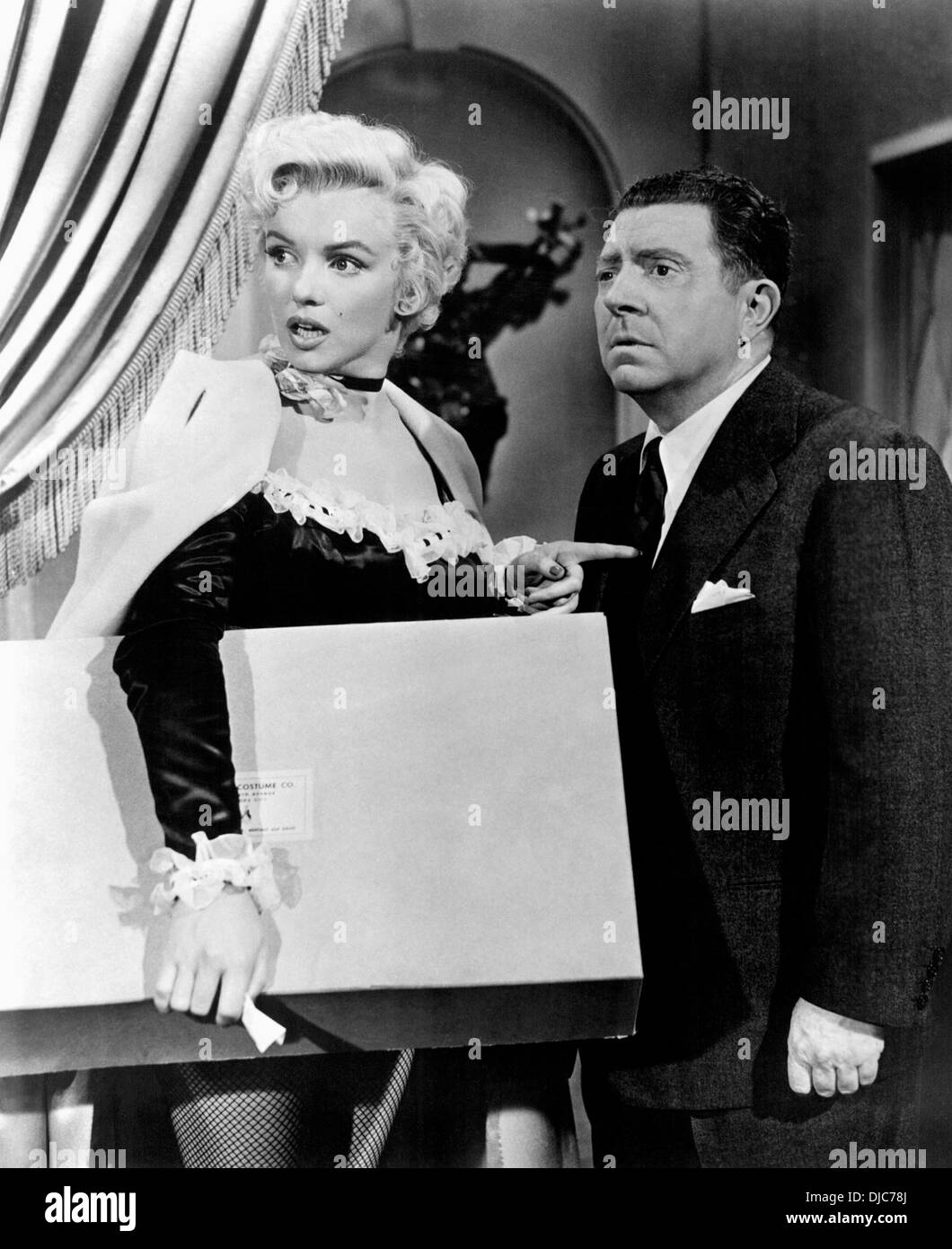 Marilyn Monroe and Frank McHugh on-set of the Film, There's No Business Like Show Business, 1954, 20th Century - Stock Image
