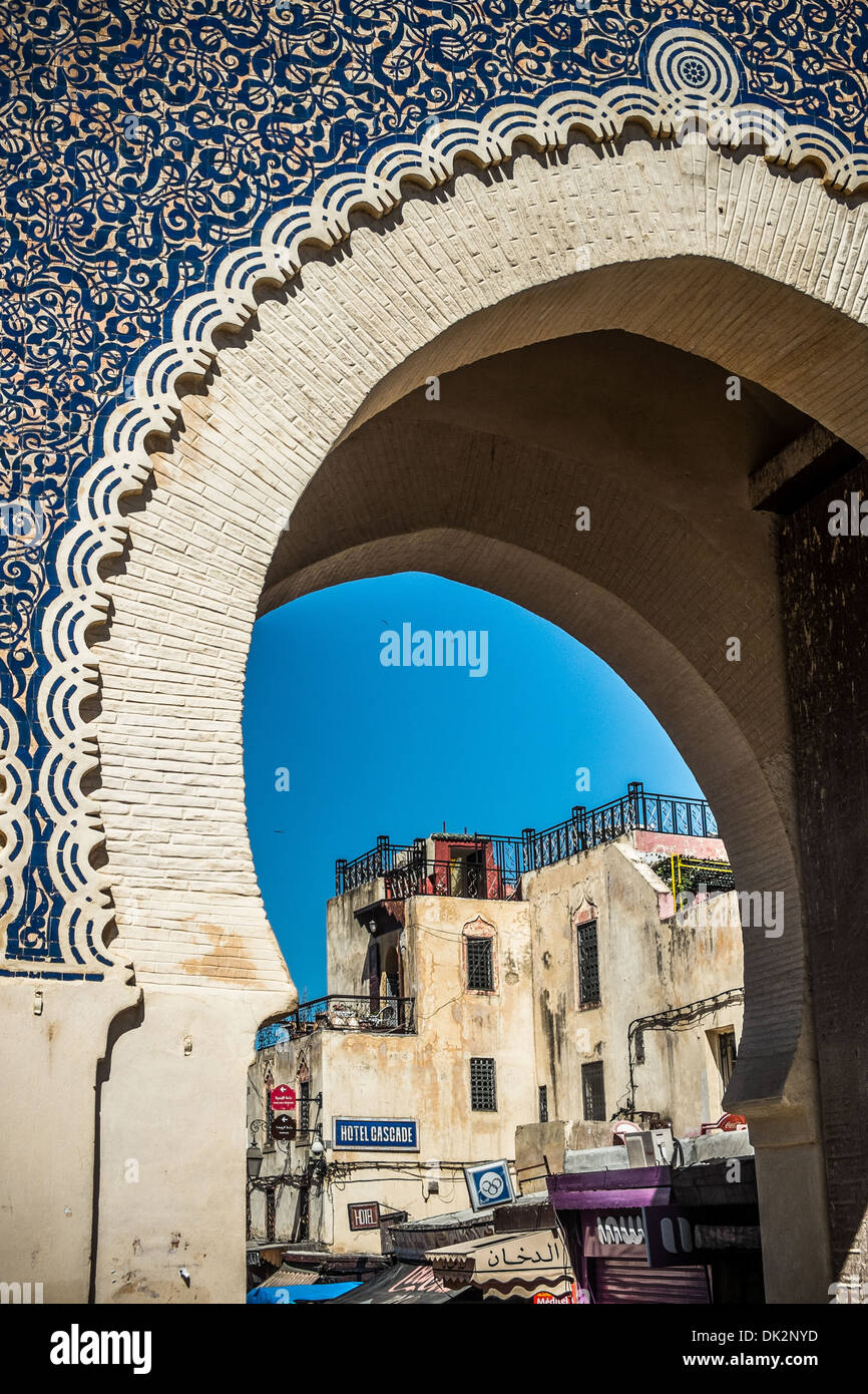 Bab Boujloud, the main door to the old medina of Fes - Stock Image
