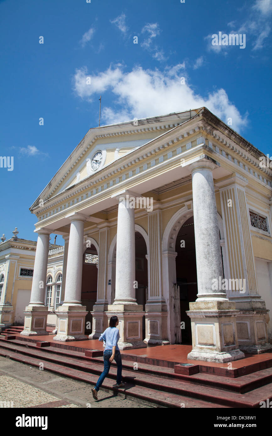Entrance to the colonial train station building in the downtown, Fortaleza, Brazil. - Stock Image