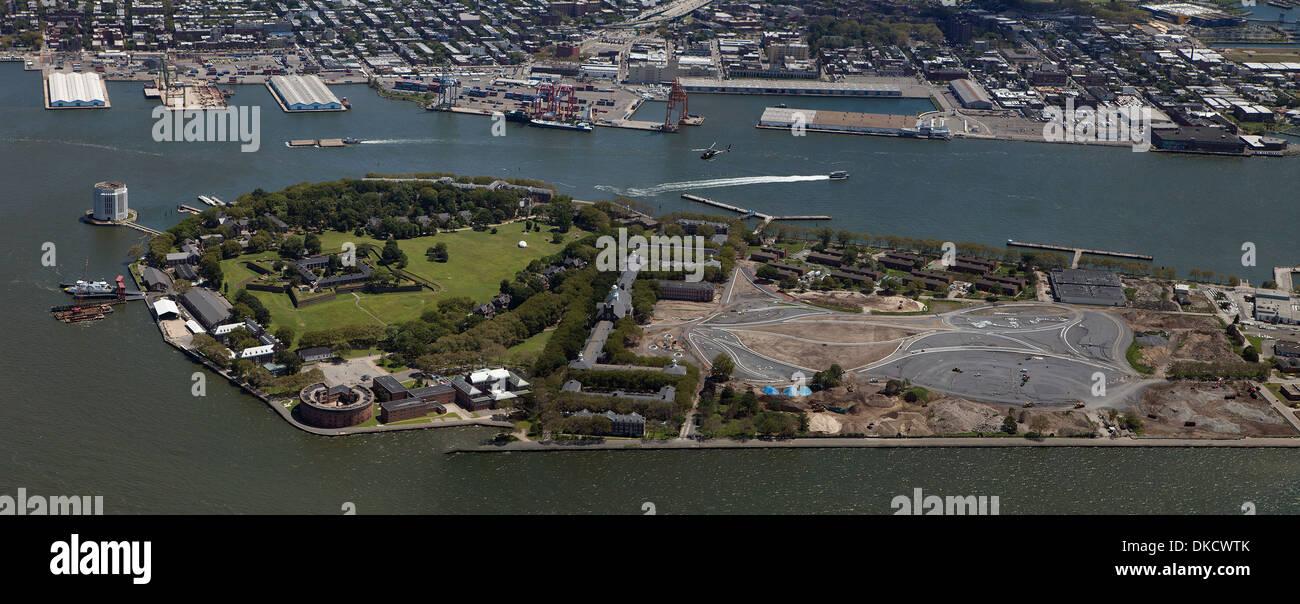 aerial photograph Governors Island, Manhattan, New York City - Stock Image