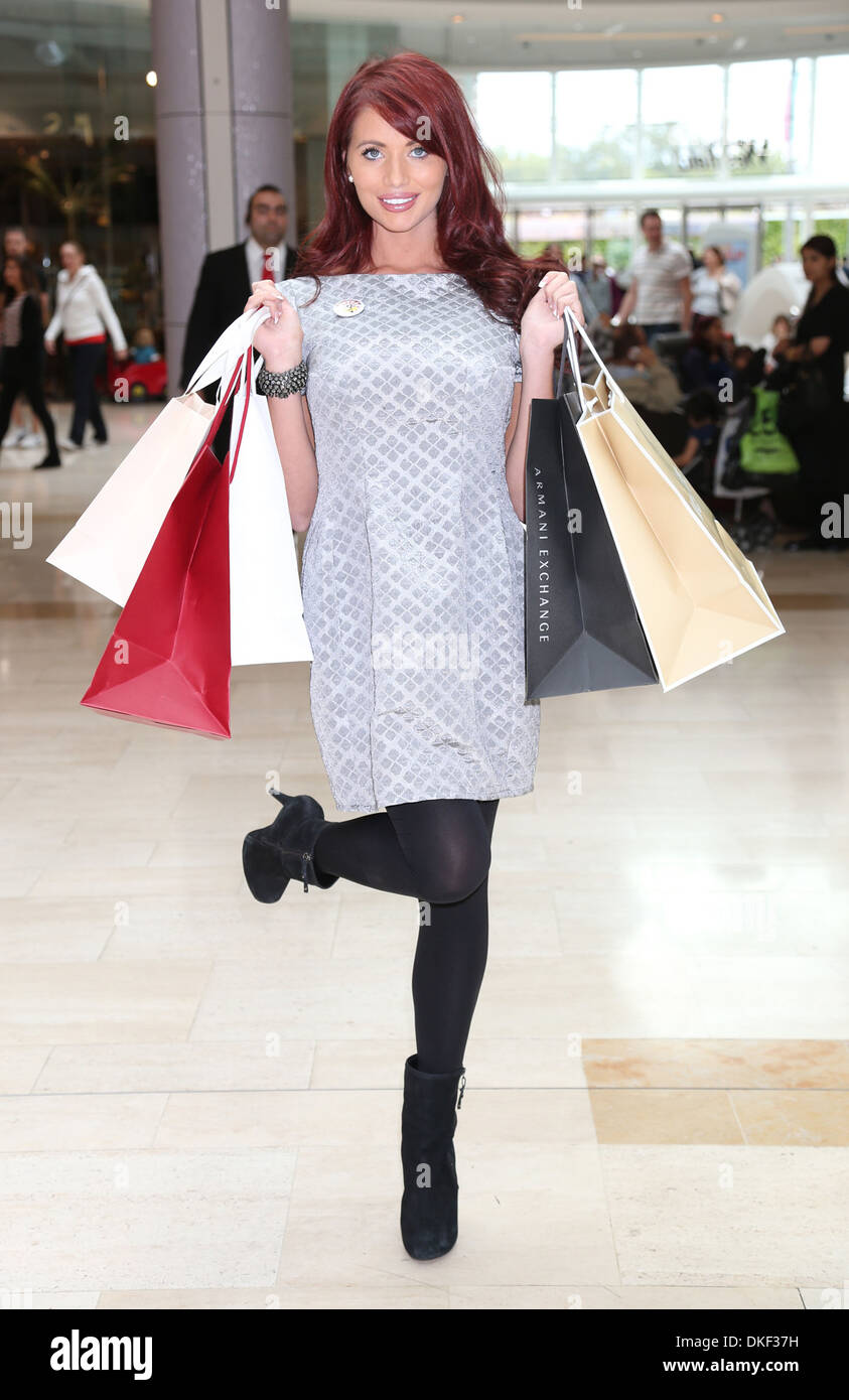 Amy Childs promotes Channel 4's Battlefront campaign event as part of this year's Campaign to Combat Youth - Stock Image