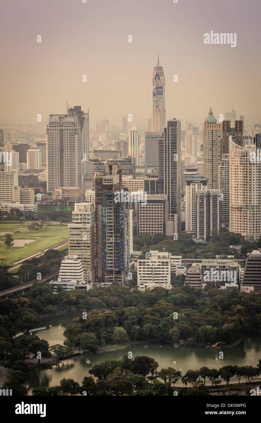Bangkok skyline, including Baiyoke Tower II (304m) and Lumphini Park, Bangkok, Thailand. - Stock Image
