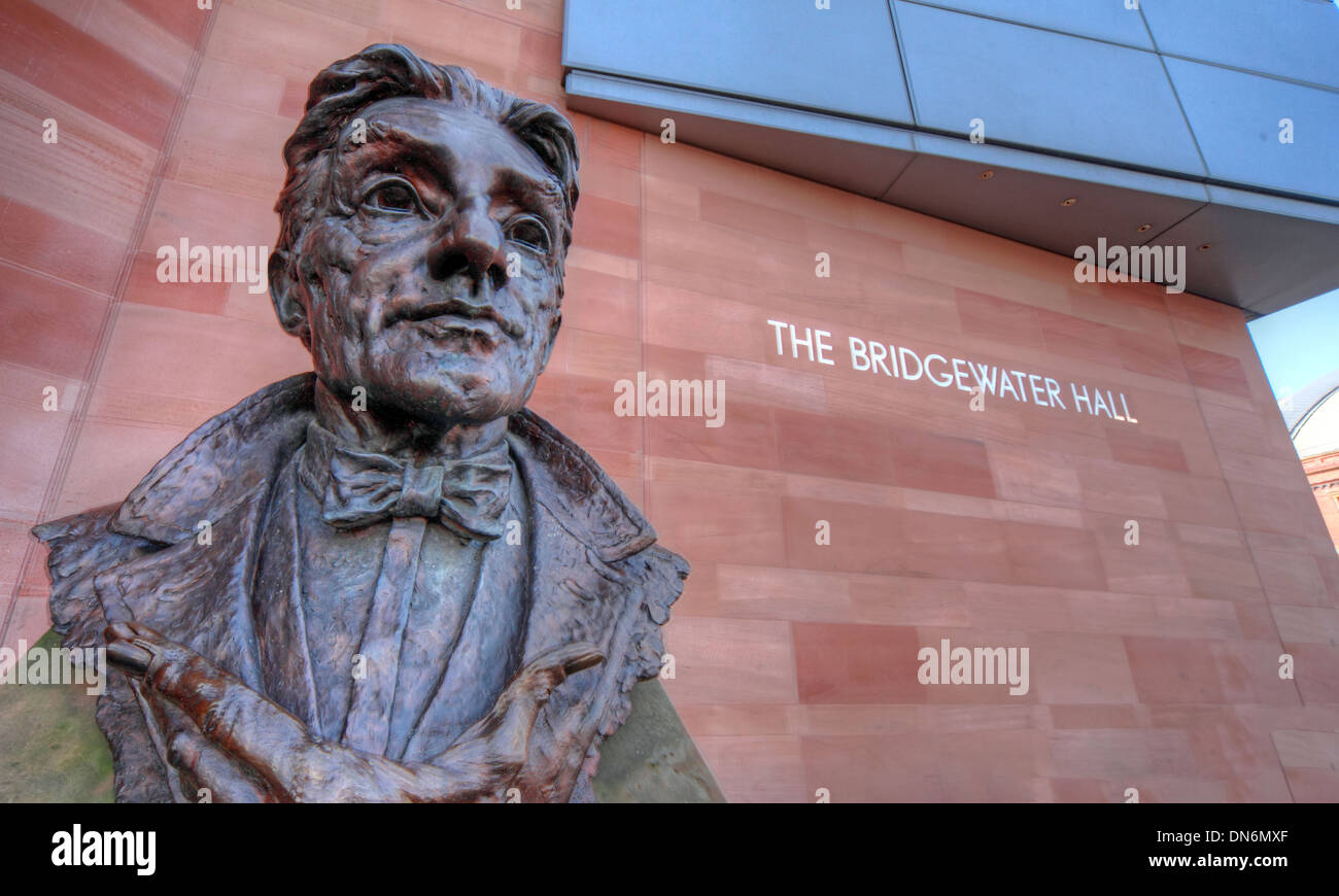 statue,Hallé,orchestra,Halle,primary,concert,venue,for,the,BBC,Philharmonic,canal,music,Central,Development,Corporation,in,Manchester,city,centre,England,UK,dance,event,events,architecture,building,tourist,tourism,tours,venue,venues,culture,M2,3WS,M23WS,wide,angle,shot,wideshot,Gotonysmith sculpture of Sir John Barbirolli by Byron Howard,Mancester,Buy Pictures of,Buy Images Of
