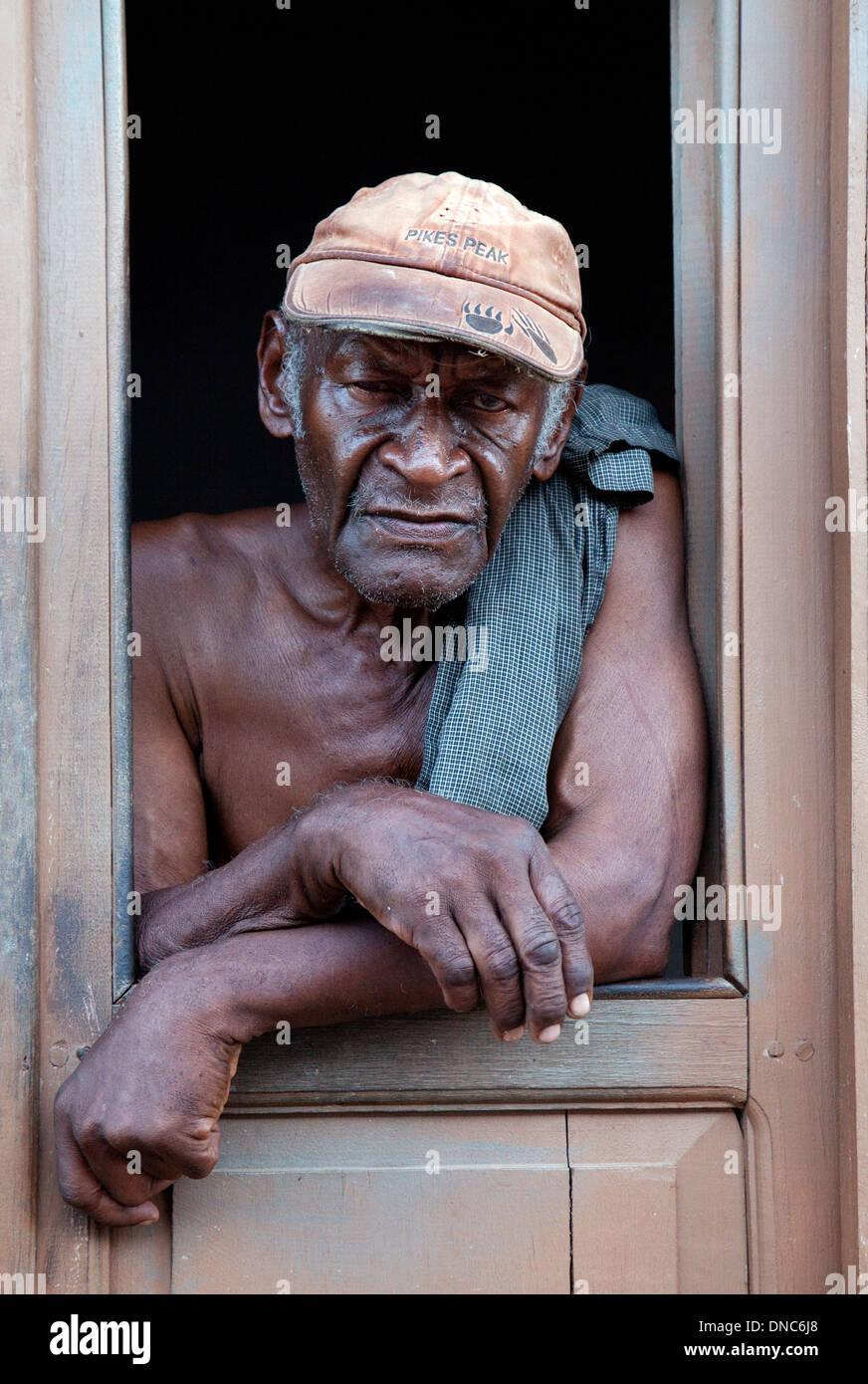 cuban-man-head-and-shoulders-portrait-trinidad-cuba-caribbean-latin-DNC6J8.jpg