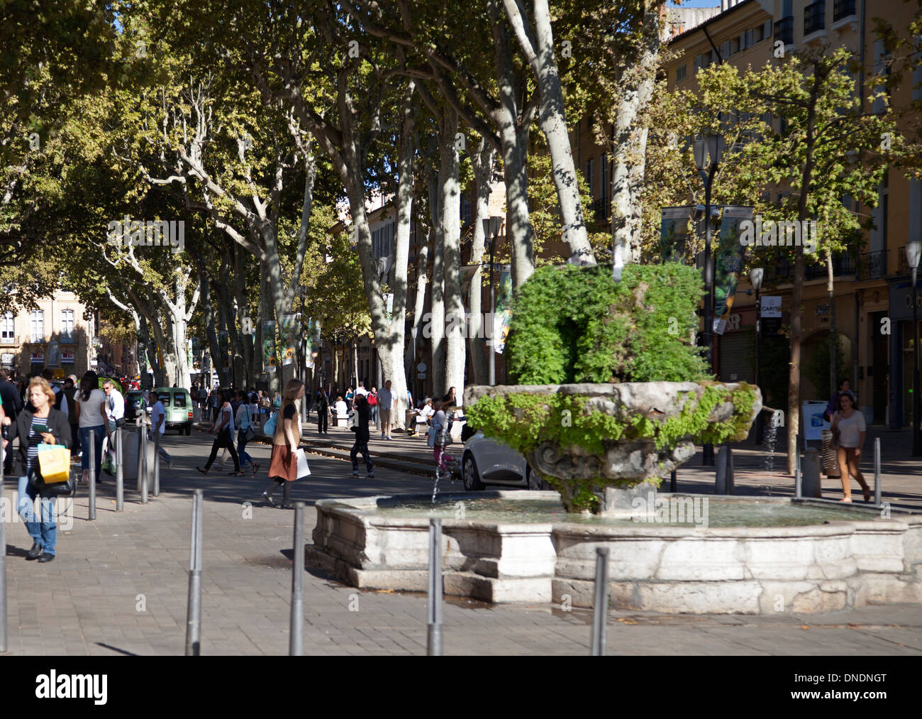 The 9 cannons fountain on the Cours Mirabeau at Aix-en Provence - Stock Image