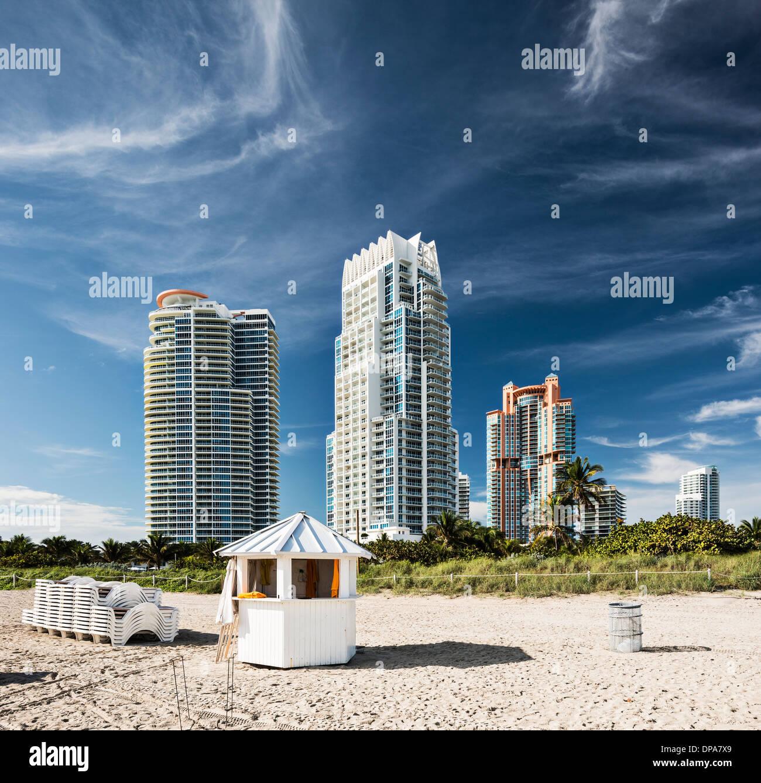 Miami Beach high rise apartments - Stock Image