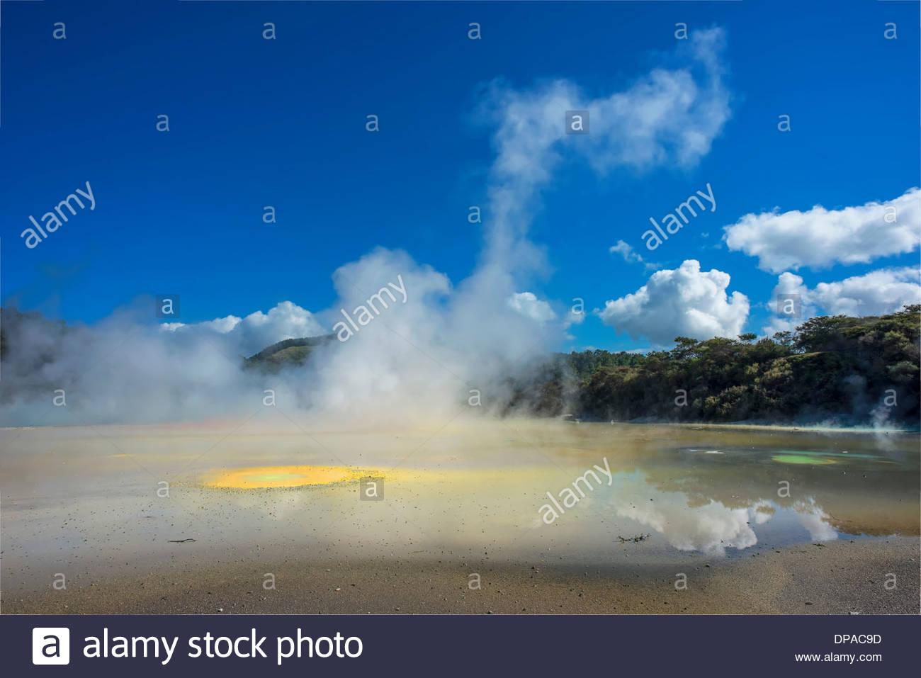 'Artist's Palette' geothermal feature, Waiotapu Thermal Area, Rotorua, New Zealand - Stock Image