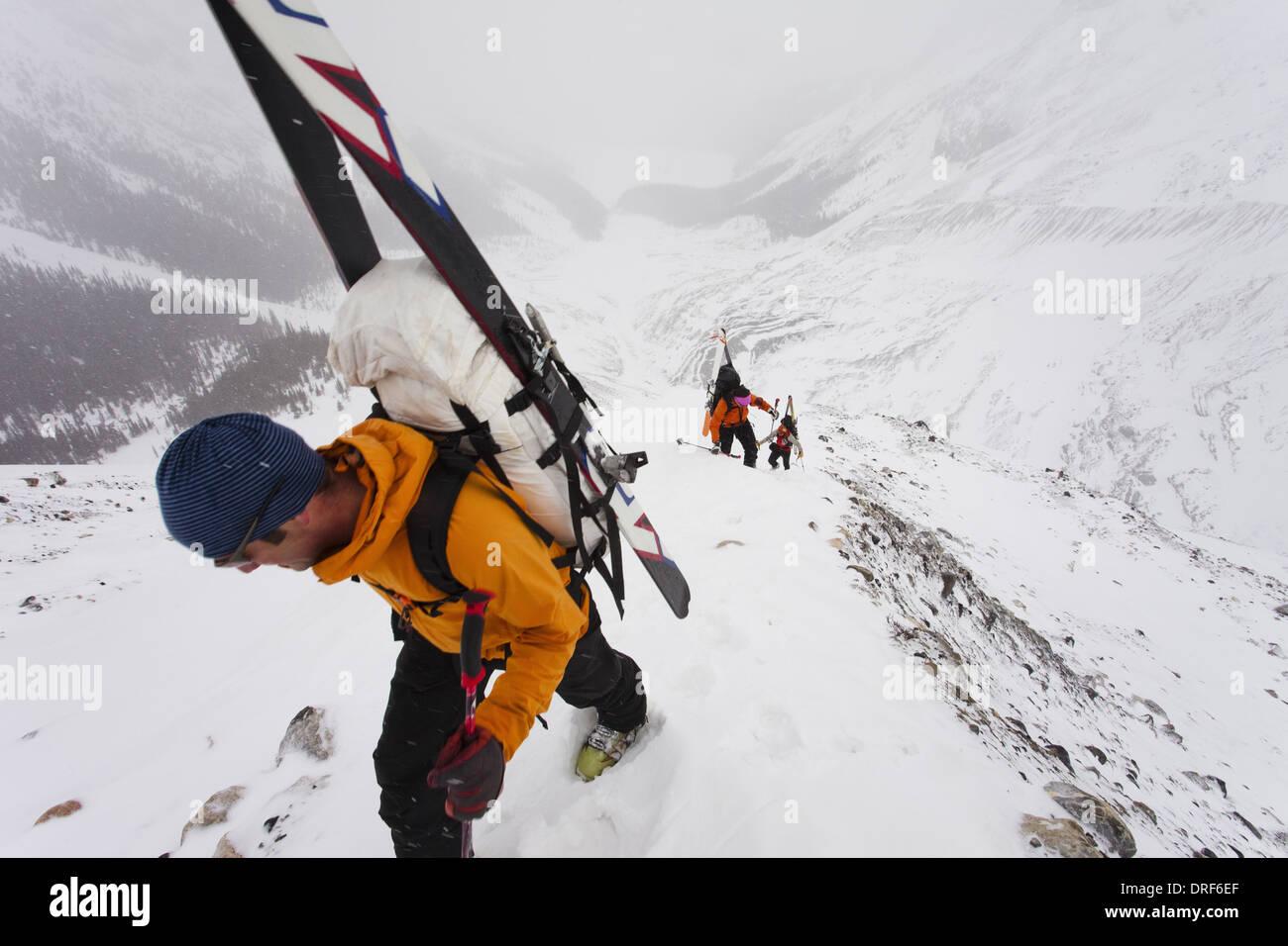 Alberta Canada. Three skiers Wapta Traverse mountain ski tour - Stock Image