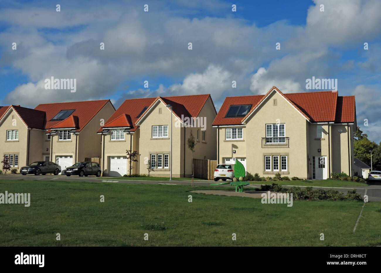 Dalkeith,Edinburgh,Midlothian,Scotland,UK,red,tile,roof,solar,panel,panels,eco,ecofriendly,modern,building,homes,detached,GoTonySmith,Buy Pictures of,Buy Images Of