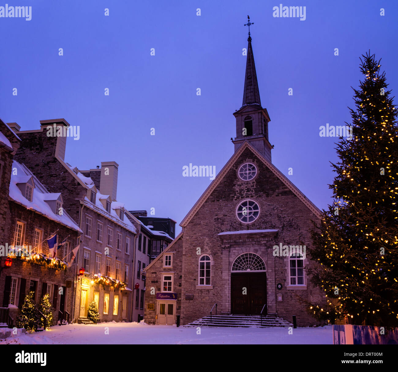 Notre-Dame-des-Victoires during Christmas, Lower Town, Quebec City ...