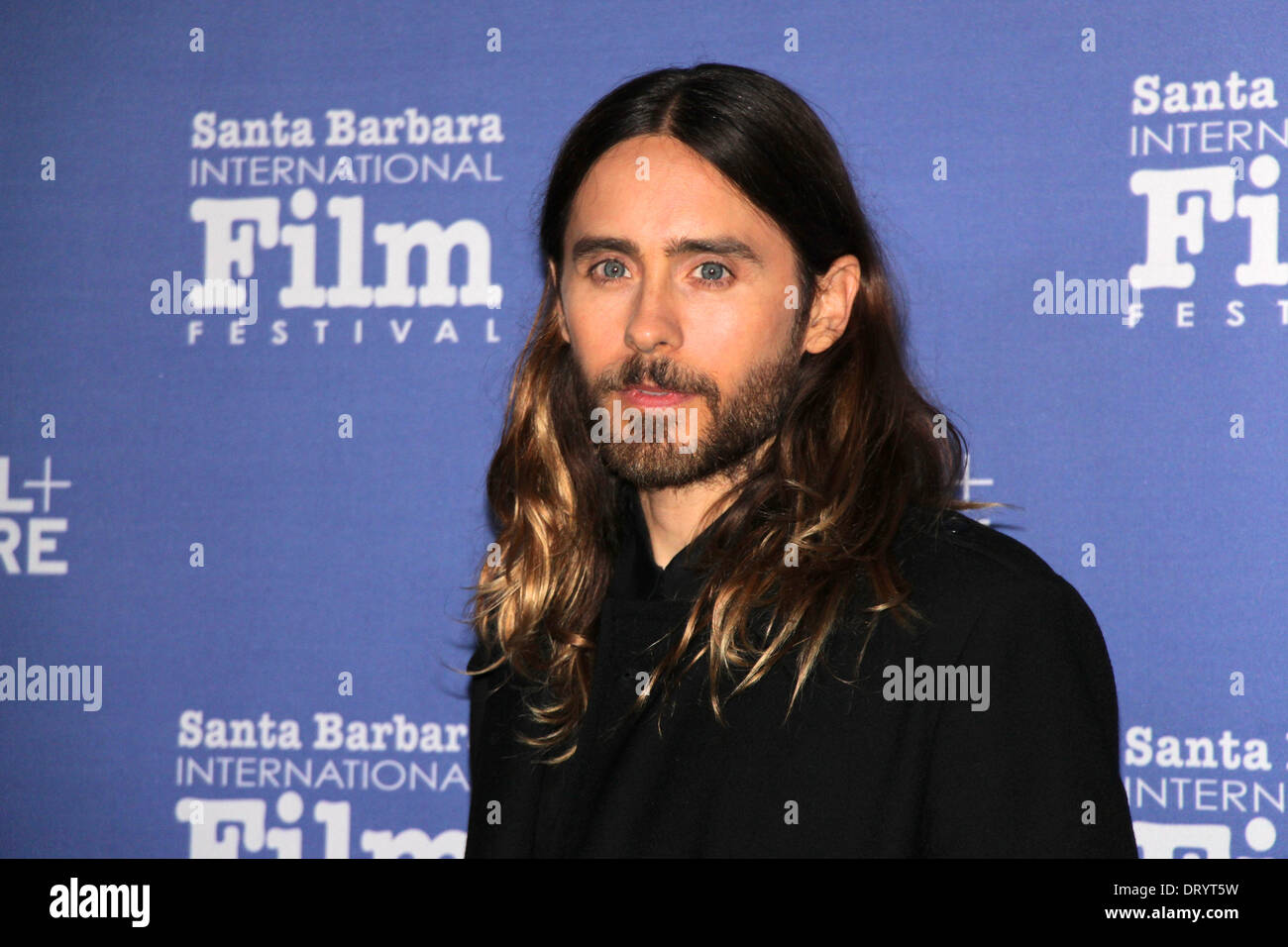 jared-leto-dallas-buyers-club-walks-the-