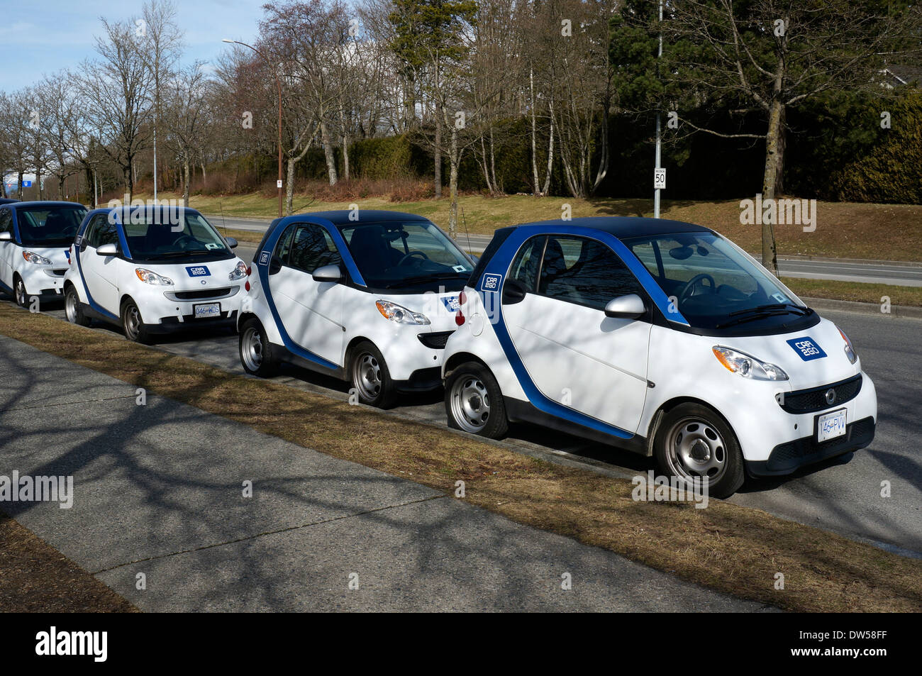car-2go-car-sharing-smart-cars-fortwo-li