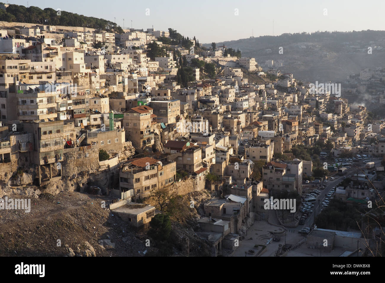 east-jerusalem-seen-from-derech-ha-ofel-st-jerusalem-DWKBX8.jpg