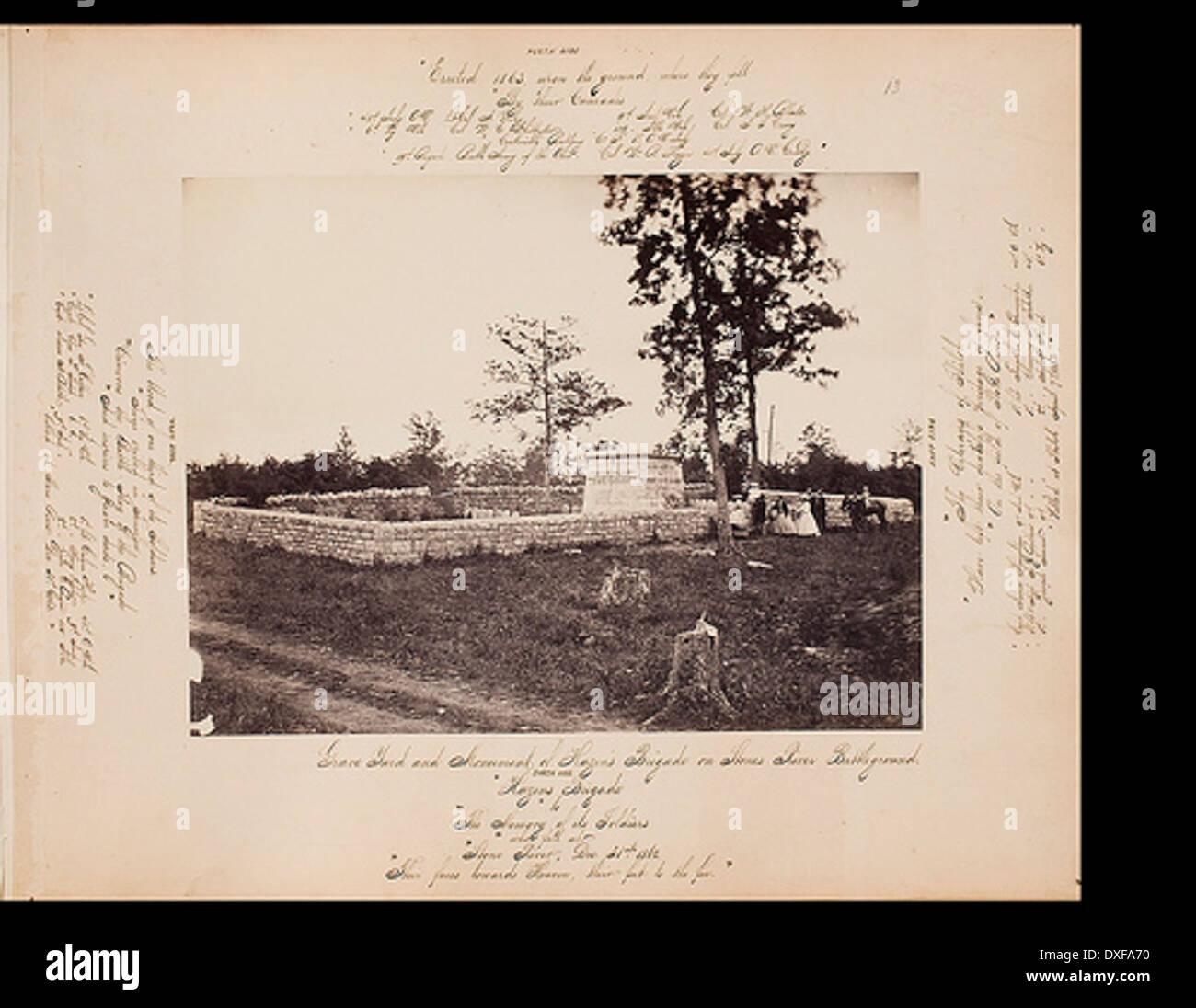 Grave yard and Monument of Hazen's Brigade on Stones River Battleground - Stock Image