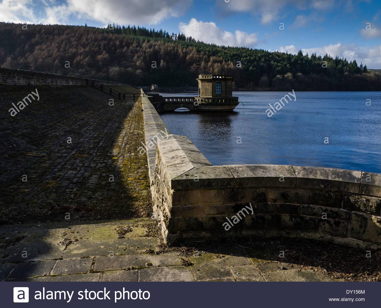 A57, Bamford, Ladybower,  Peaks Derbyshire Reservoir.Sheffield England UK - Stock Image