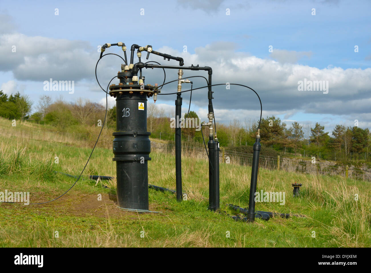 landfill-gas-collection-system-kendal-quarry-kendal-cumbria-england-DYJXEM.jpg