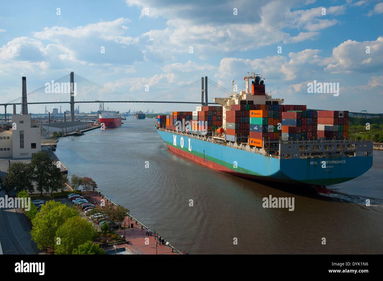 usa-georgia-ga-savannah-container-cargo-