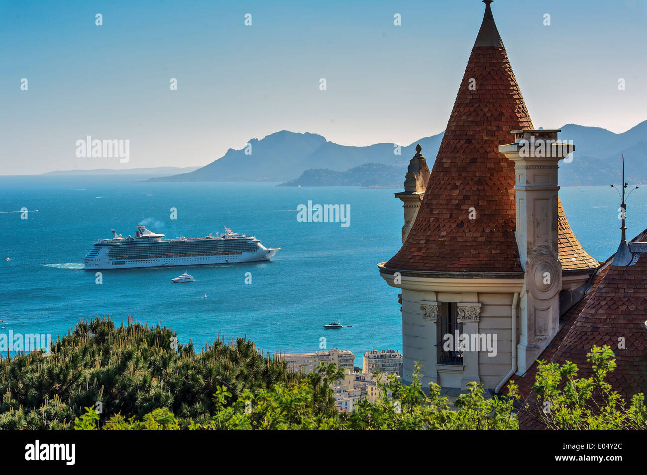 Europe, France, Alpes-Maritimes, Cannes. Cruise ship in a bay of Cannes. - Stock Image