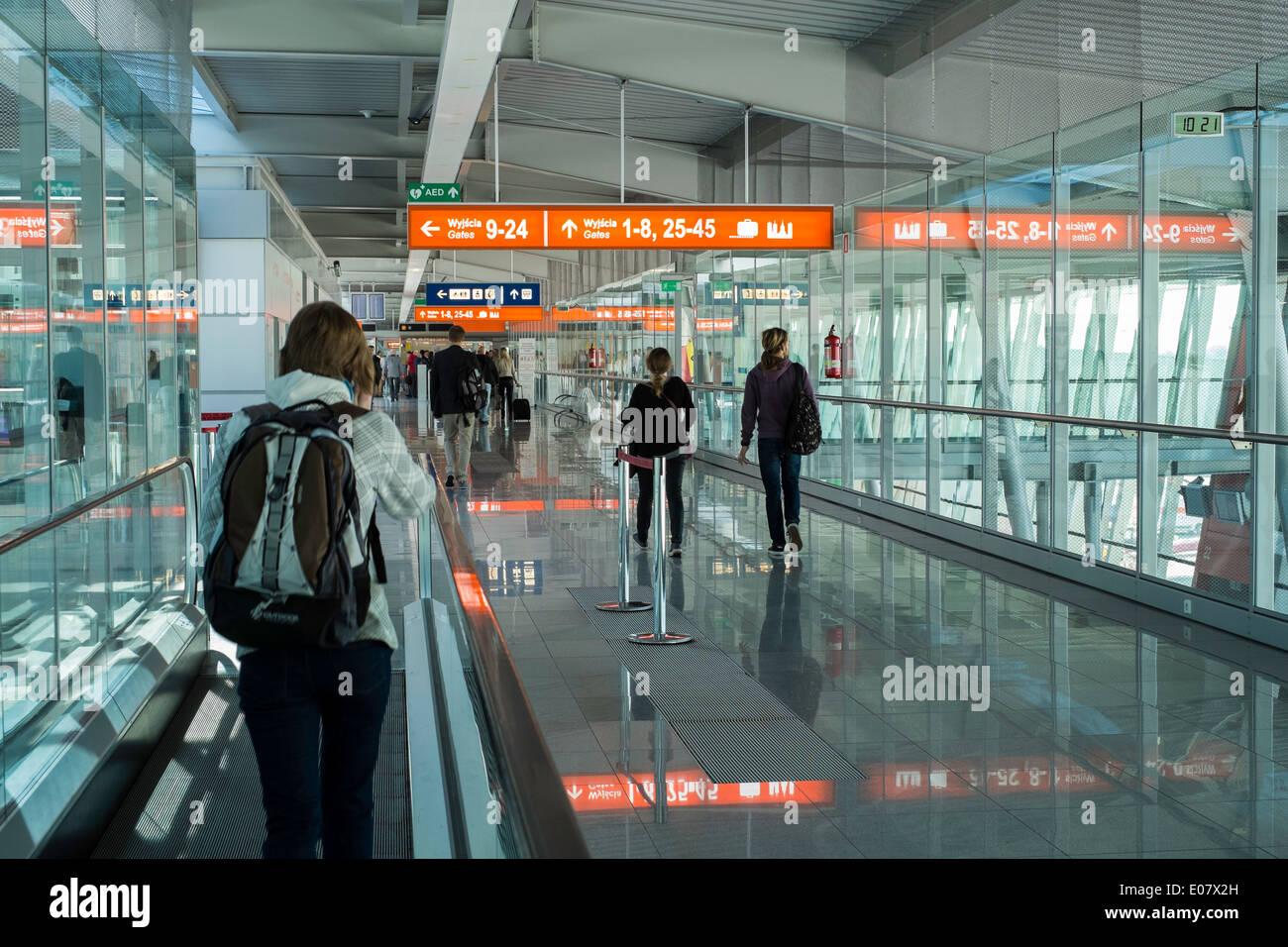 Aeroporto Waw : Modern chopin airport warsaw poland stock photo: 69015593 alamy