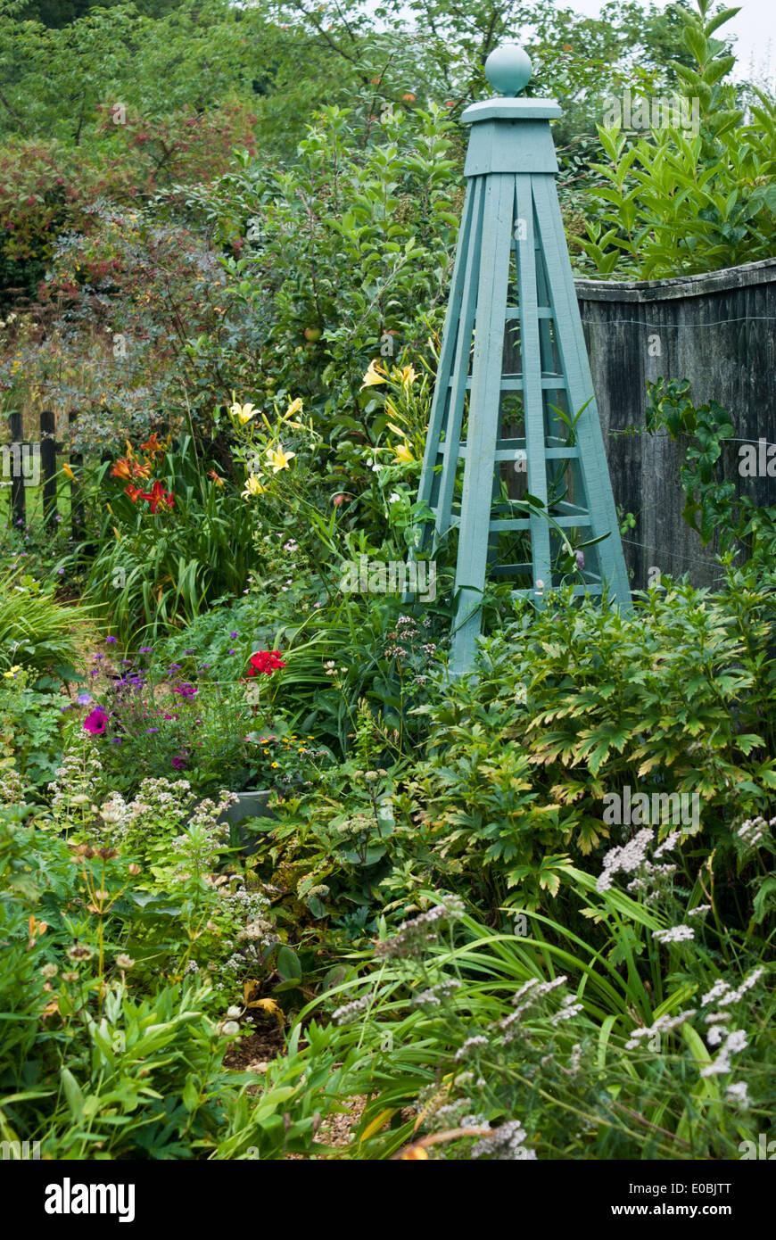 Wooden Garden Obelisk,