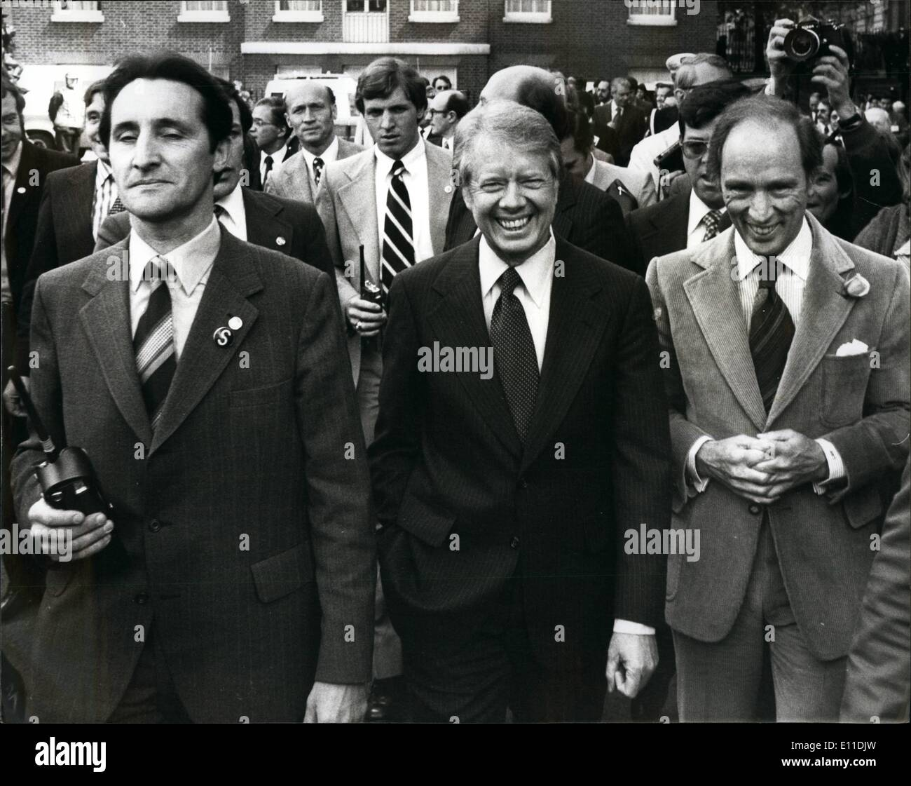 May 05, 1977 - Downing Street Summit Conference: The seven International Leaders from Britain, France Canada, Japan, - Stock Image