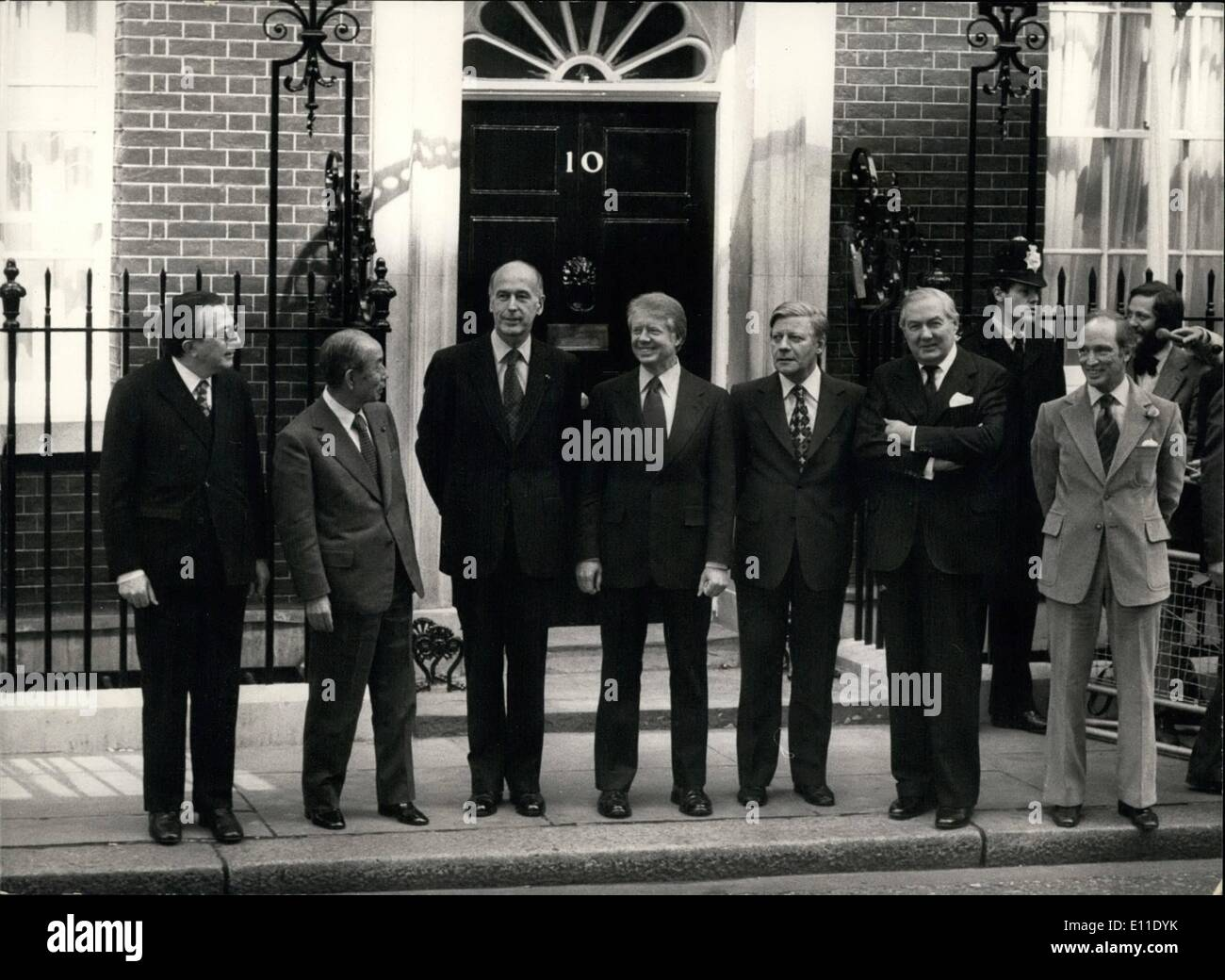 May 07, 1977 - May 7th 1977 Seven International Leaders at Downing Street Summit Conference. The Downing Street - Stock Image