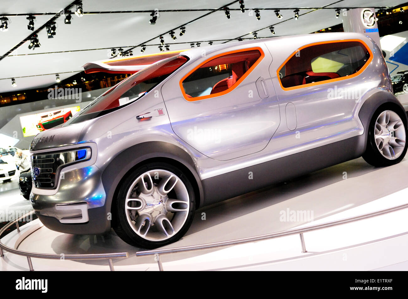 Ford Airstream futuristic crossover concept car powered by HySeries Drive plug-in hydrogen hybrid fuel cells at - Stock Image