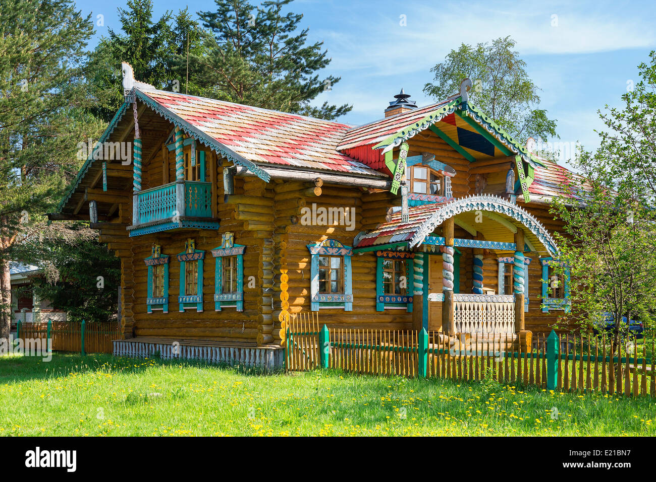 Russia, Traditional House in Mandrogi Village - Stock Image