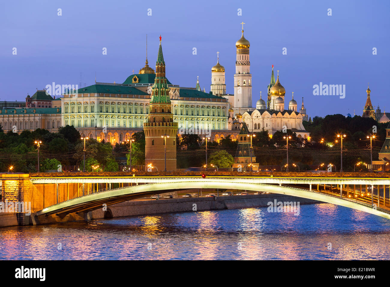Moscow, Kremlin and Moscva River by night - Stock Image