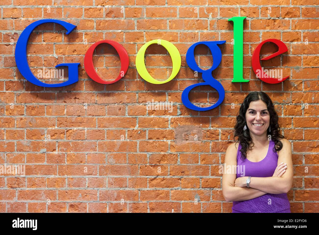 Argentina Buenos Aires Puerto Madero district headquarters of Google Argentina an employee at the logo - Stock Image