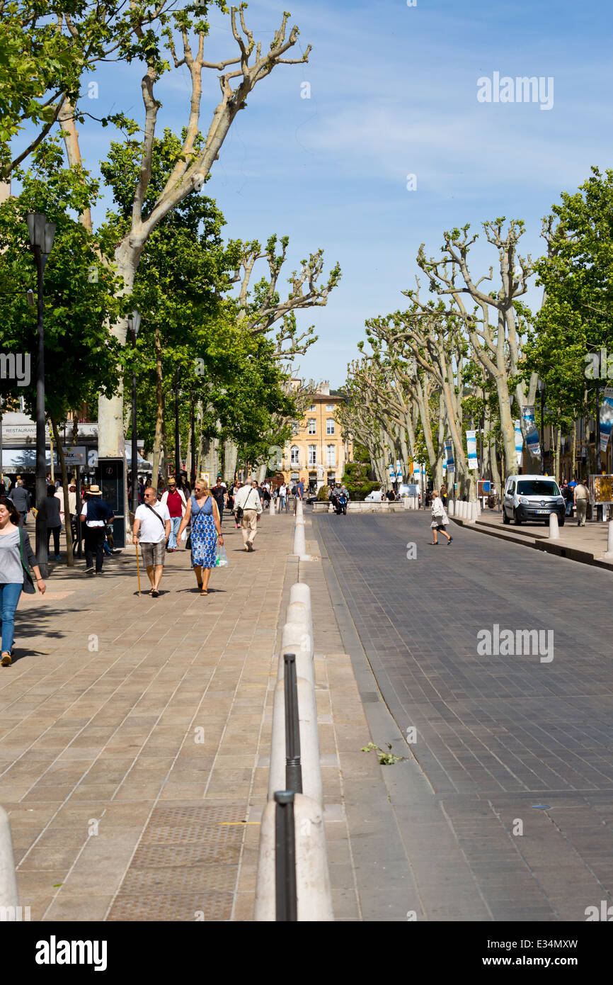 The Shopping Street Cours Mirabeau in the old Town of Aix-en-Provence, France - Stock Image