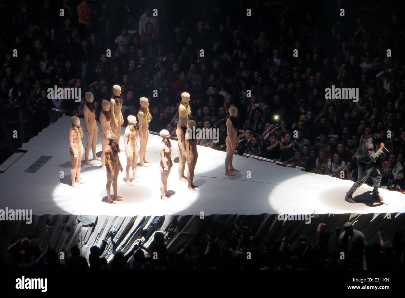 Perfect Kanye West Performs To A Sold Out Crowd At Madison Square Garden As Part Of  His U0027Yeezusu0027 Tour. The Eccentric Rapper Performed The Entire Concert  Wearing A ... Great Pictures