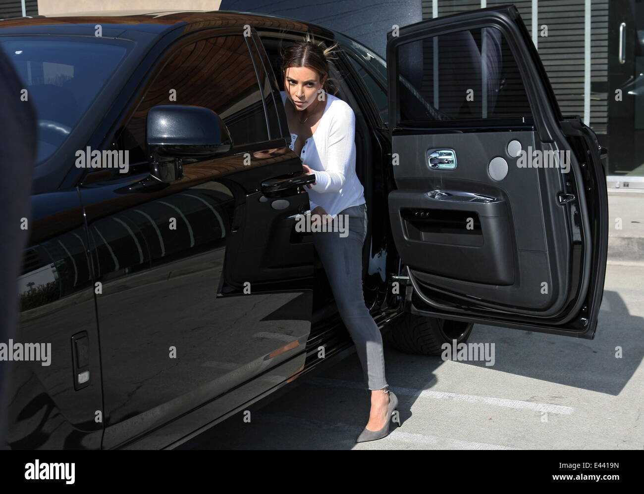 Kim Kardashian And Kanye West Shopping In Beverly Hills At High End Furniture  Store Bulthaup With Baby Daughter North West Featuring: Kim Kardashian  Where: ...