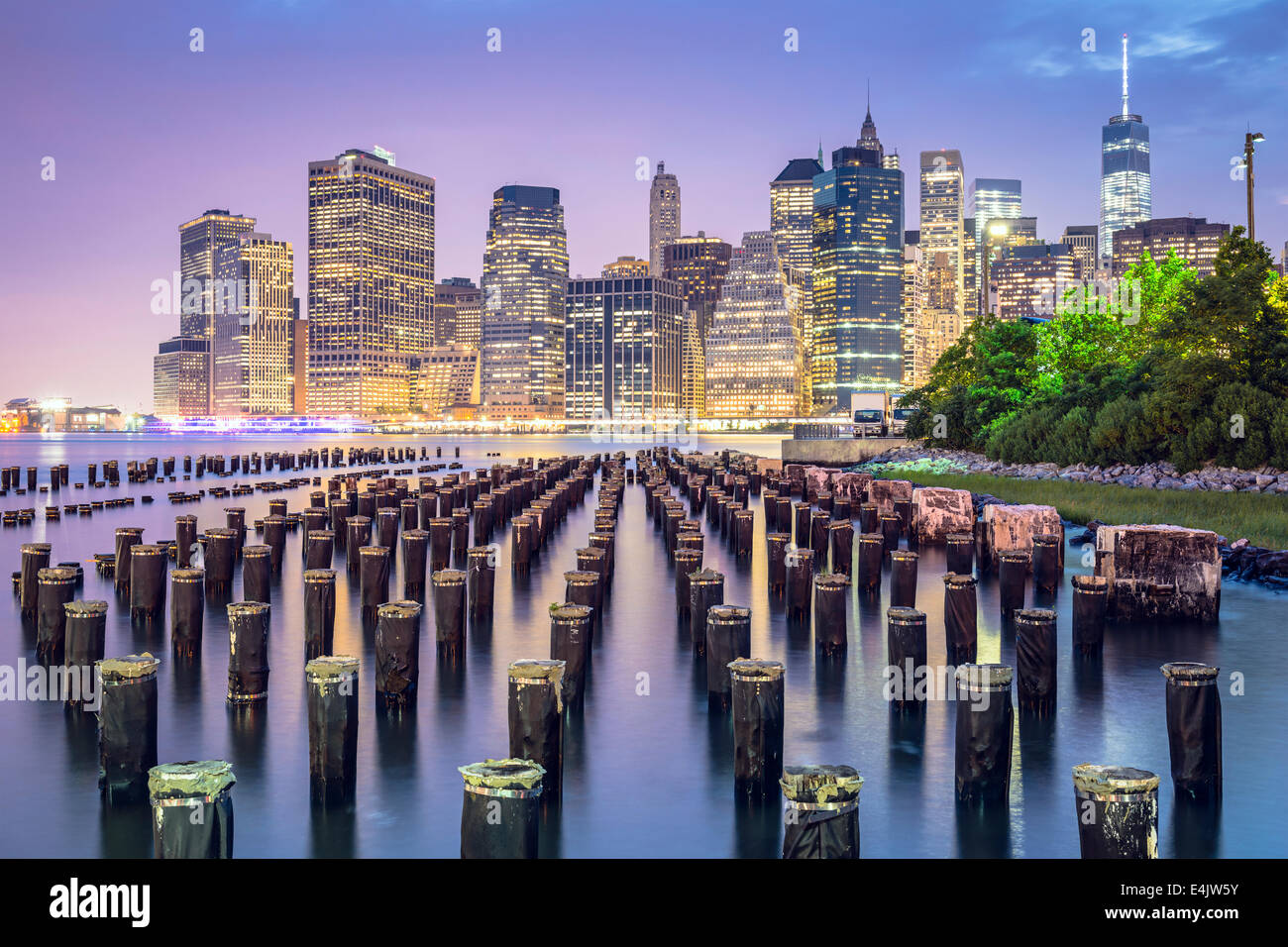 New York City, USA skyline at night. - Stock Image
